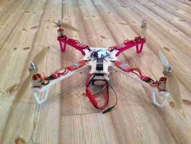 3d printed FPV quadcopter